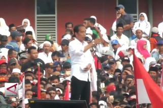 Di Jember, Jokowi minta masyarakat perangi hoaks