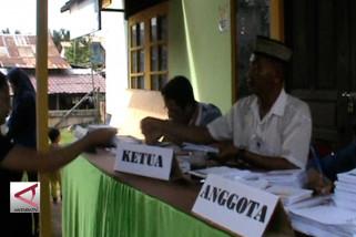 Menteri Nila instruksikan Dinkes kawal kesehatan personel KPPS