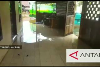 Banjir rendam rumah warga Ketapang