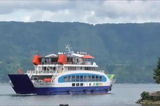 Kapal penyeberangan Danau Toba siap angkut pemudik