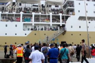 Pemudik mulai padati Pelabuhan Yos Sudarso