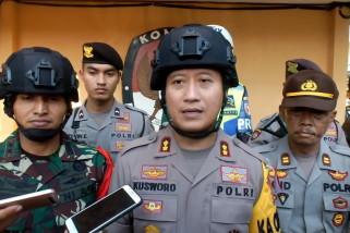 Antisipasi kericuhan,  TNI/Polri patroli di daerah