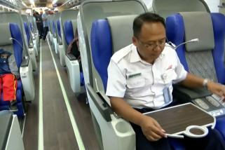 PT KAI Daop 8 luncurkan gerbong kereta luxury