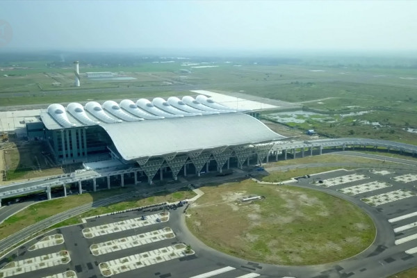 Pingin Umrah, Imigrasi-Bandara-Maskapai Garuda Kini Tangani Umrah Langsung dari  Syamsudin Noor