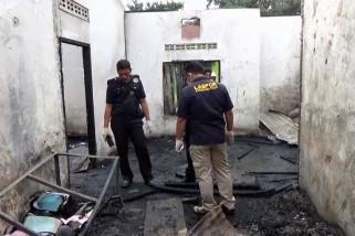 Polda Sumut turunkan tim DVI & Labfor ke pabrik korek terbakar