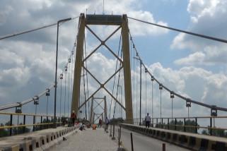 Jembatan Barito diperbaiki, lalu lintas sistem buka tutup
