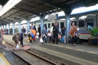 Penumpang kereta api di Jember meningkat lebih dari 100%