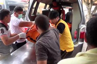 Jenazah korban pabrik korek gas tiba di RS Bhayangkara untuk diautopsi