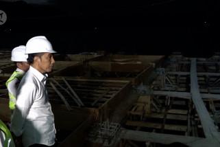 Presiden tinjau pembangunan pelabuhan di Danau Toba