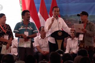 Presiden bagikan seribu sertifikat tanah di Sumatera Utara