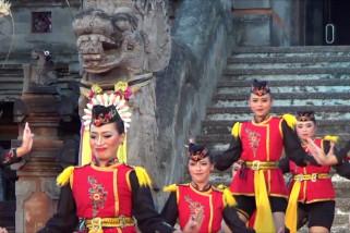 Tari Angguk asal Kulon Progo tampil meriah di Bali
