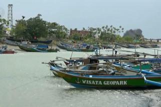Nelayan Sukabumi bisa akses internet di tengah laut
