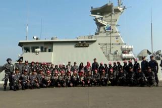 Lanal Banten kenalkan KRI Halasan 630 buatan dalam negeri