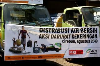 Tiga juta liter air bersih untuk 28 provinsi