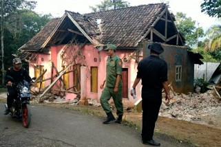 BNPB data 4 korban luka & 1 korban meninggal pada gempa Banten