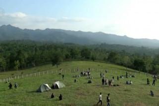 Bukit Waruwangi, wisata edukasi yang digandrungi