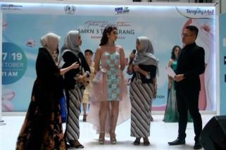 Memamerkan Cantiknya Indonesiaku karya siswa SMK