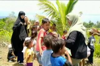 Sekolah alam bagi anak-anak korban bencana