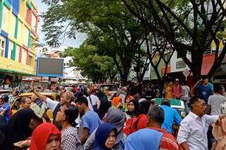 Satu orang meninggal akibat gempa beruntun di Ambon