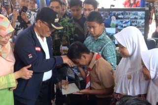 Pemkot Bandung mulai bagikan 2.000 ekor anak ayam