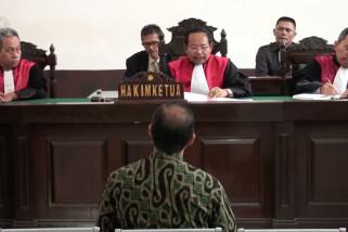 Korupsi aset Rp 2,5 Miliar, Dirut PD Pasar didakwa 15 tahun penjara