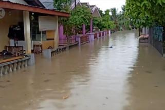 Tiga hari dilanda hujan ribuan rumah di Pangkalpinang terendam banjir
