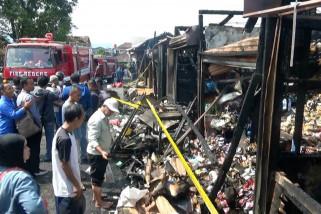 Pasar penampungan di Sukabumi kebakaran