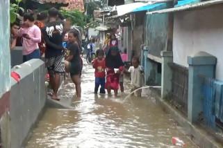 Ratusan rumah di Kabupaten Bandung terendam banjir
