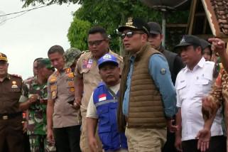 Ridwan Kamil tinjau banjir Pamanukan Subang