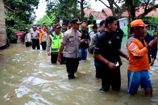 Ribuan rumah di Cirebon timur terendam banjir