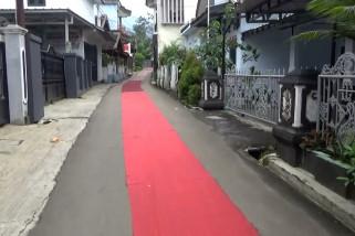 Pengantin di Pandeglang gelar karpet merah sepanjang 2km