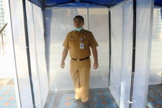 Ada bilik disinfektan untuk cegah COVID-19 di kantor Pemkot Tangerang