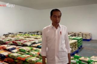 Yang disiapkan Presiden Jokowi bagi rakyat kecil saat pandemi