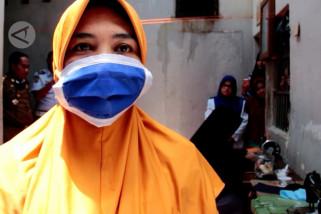 Cegah penularan, warga binaan Lhoksukon membuat masker