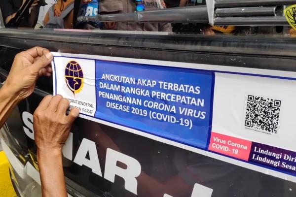 Bus Berstiker Khusus
