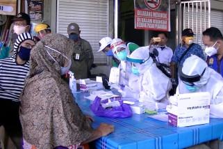 Rapid test massal di enam pasar Banjarmasin, 129 orang dinyatakan reaktif