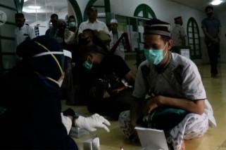 Rapid test sasar jemaah masjid dan pengunjung kafe di Pangkalpinang
