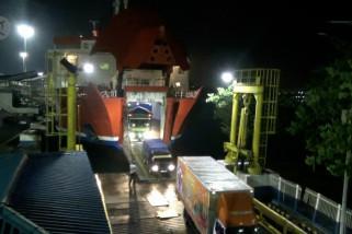 Penumpang kapal merosot hingga 50 persen