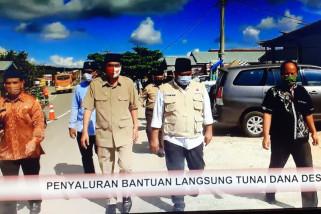 Bupati Kukar Serahkan BLT Dana Desa Muara Kaman