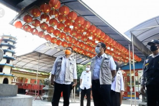 Akan buka rumah ibadah, Wali Kota Tangerang klaim punya 'vaksin'