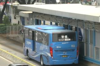 Jam operasional transportasi umum berlaku normal