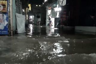 Banjir rob landa Penjaringan Jakarta Utara