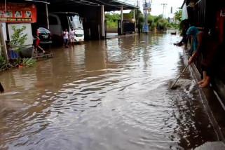 Hujan deras semalaman, Denpasar dikepung banjir