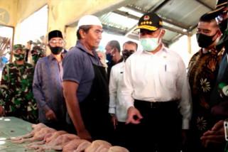 Di Lhokseumawe, Menko PMK pastikan protokol kesehatan di pasar