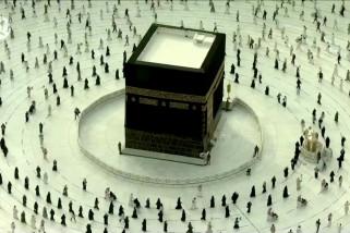 Jamaah akhiri rangkaian ibadah haji dengan bertawaf