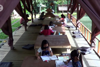 Rumah makan di Bali berikan wifi gratis untuk pelajar