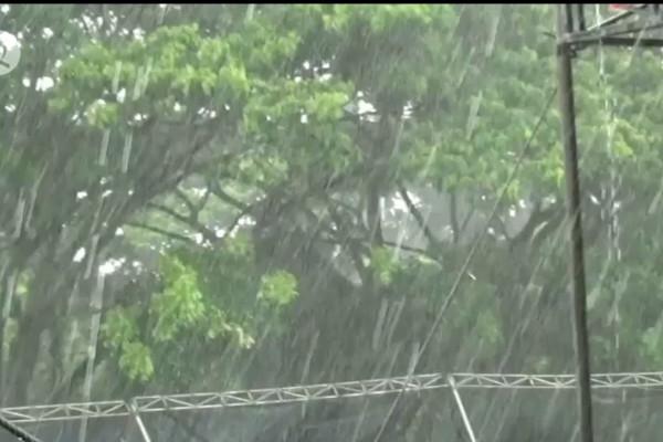 Bmkg Puncak Musim Hujan Diprediksi Pada Januari Februari 2021