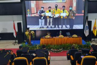 Rektor ULM sampaikan capaian prestasi di Dies Natalis ke-62 ULM