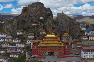 Menengok kemegahan Kuil Zizhu di Tibet
