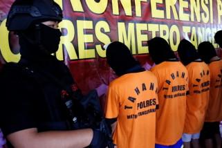 Polisi tetapkan enamtersangka perusakan padademoUU Cipta Kerjadi Tangerang